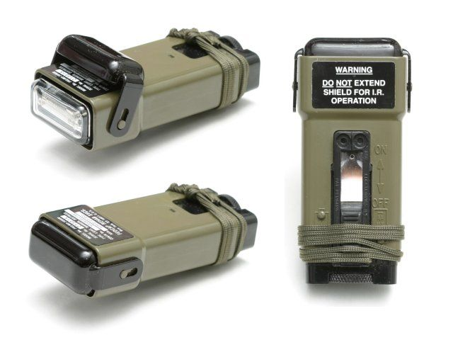 Military omnidirectional white strobe FIRE FLY MS2000 emits a brilliant 250,000 peak lumens. Compact, lightweight and waterproof – factory tested to 10 meters. Tick