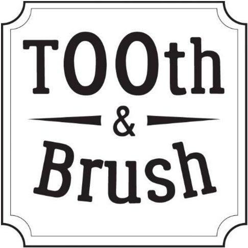Zahnfleisch- schonende Zahnbürste mit weichen Borsten mit Binchotan Aktivkohle für empfindliche Zähne mit einem biologisch abbaubaren Griff aus Moso Bambus.