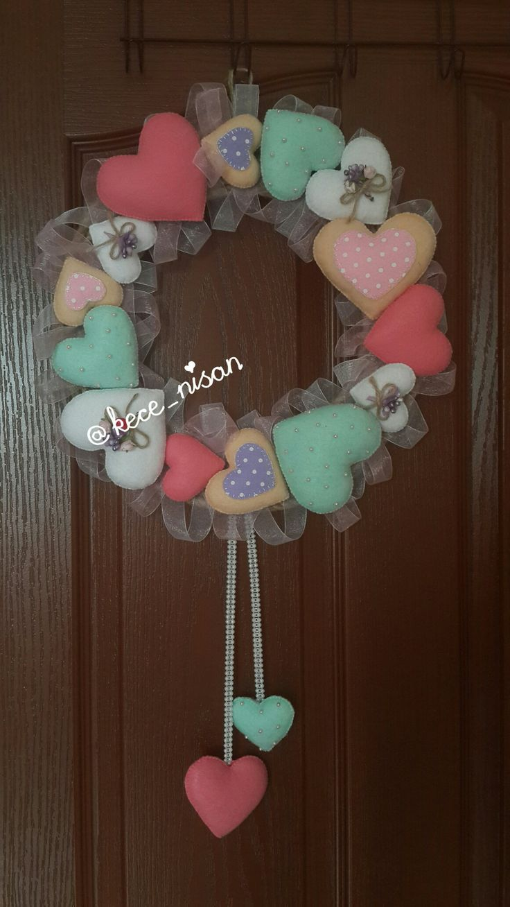 #kece #keçe #keçekapısüsü #kapısüsü #keçekapısüsü #kalpkapısüsü #keçekalp #kapisusu #felt #feltro #fieltro #craft #crafts #guirlanda # wreath #wreaths @kece_nisan