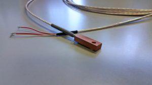 Termoresistenza Pt100 3 fili per misure di superficie per piastra riscaldante