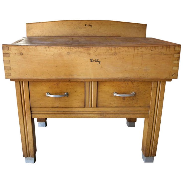 1stdibs.com | French Butcher's Block Table in Maple