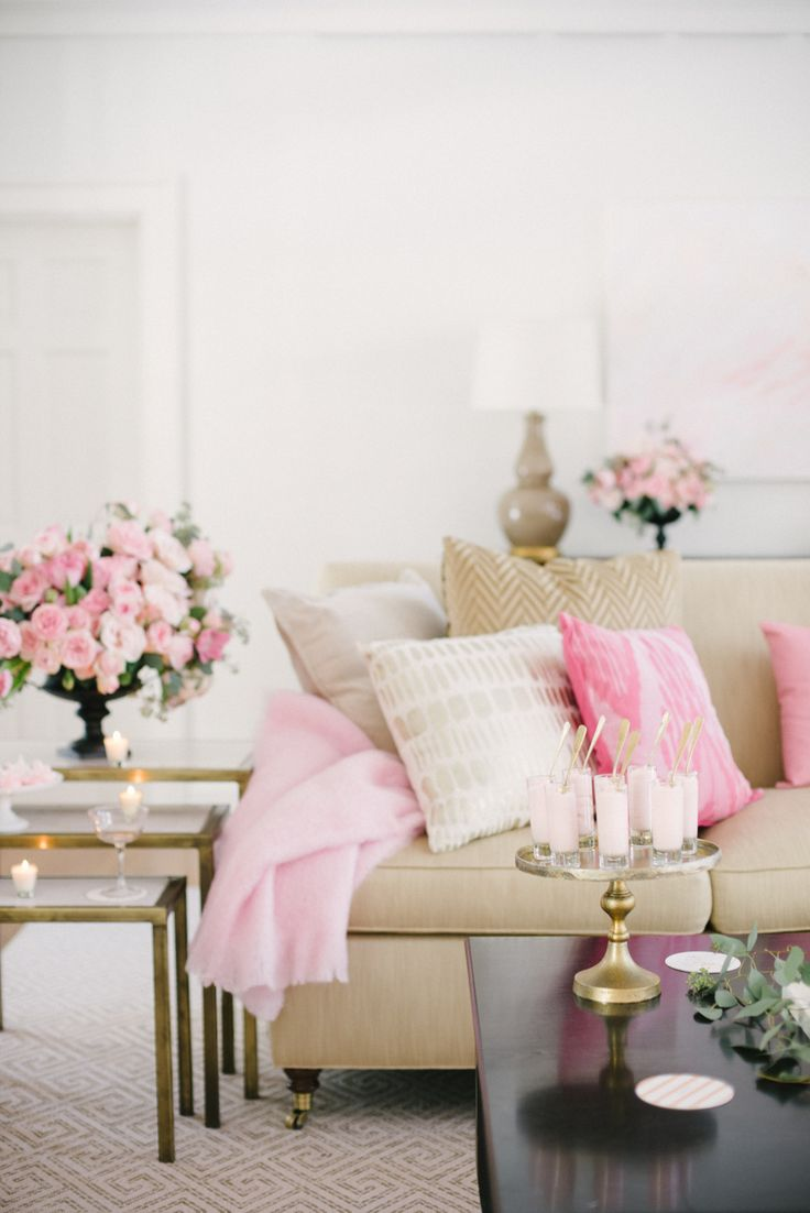 Neutral couch with pink flowers via SMP