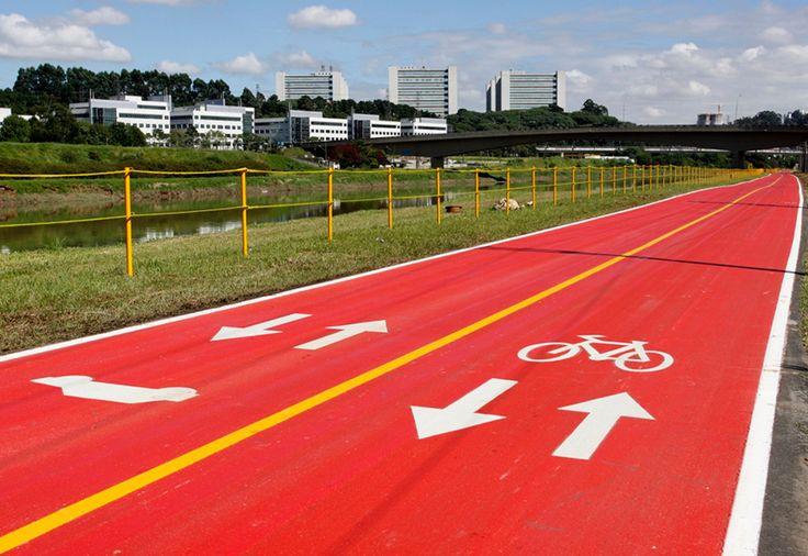Ciclovias em São Paulo são opção para o transporte e lazer