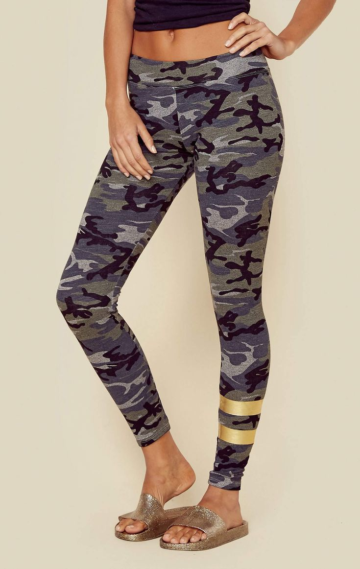 Sundry's signature Camo Yoga Pant features a buttery soft french terry fabrication, allover camo print, slim fitting body style, and foil stripe detail. Made in USA