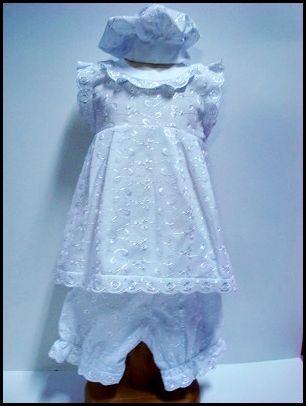 Rochita panza alba brodata Setul cuprinde :rochita, pantalon-gogosar, basc; Marime: 3-6 luni; Ambalare : 2 bucati/set Setul cuprinde 2 bucati: una cu broderie alba si roz; Comanda minima: 1 set. Pret: 10.50 Lei