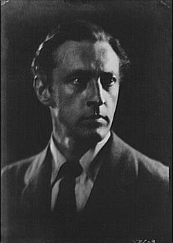 "JESUIT-TRAINED -John Barrymore, head of leading ""First Family"" of Hollywood and grandfather of Drew Barrymore http://en.wikipedia.org/wiki/List_of_alumni_of_Jesuit_educational_institutions http://en.wikipedia.org/wiki/John_Barrymore"