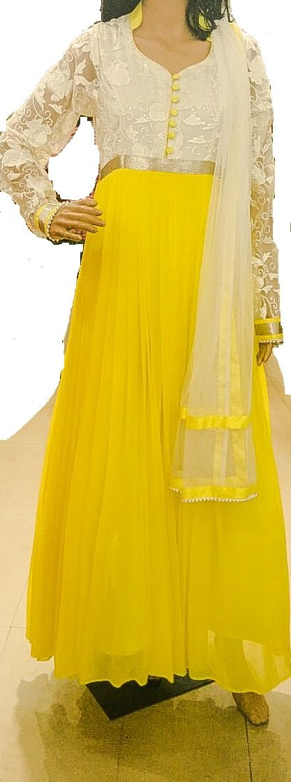 white and yellow pleated dress.. elegance..