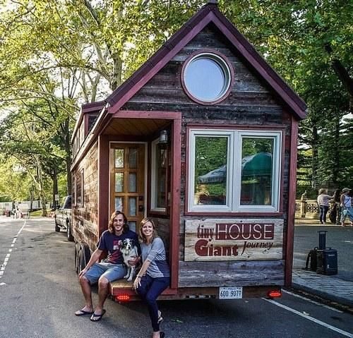 Guillaume Dutilh and Jenna Spesard are traveling across America and Canada in this teeny home they built from scratch.