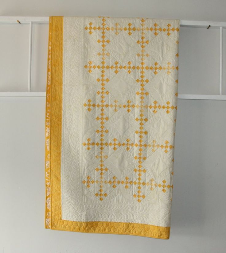 Urban Amish Double Ninepatch queen size quilt in mustard yellow and cream                                                                                                                                                                                 Plus