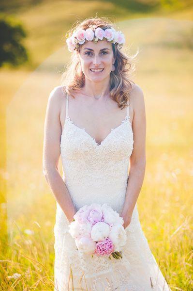 Coronas de flores para novias 2017.