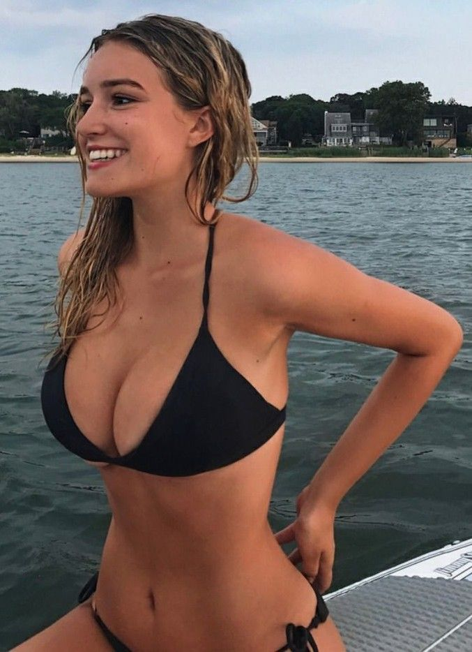 hot sexy brunette bikini girls