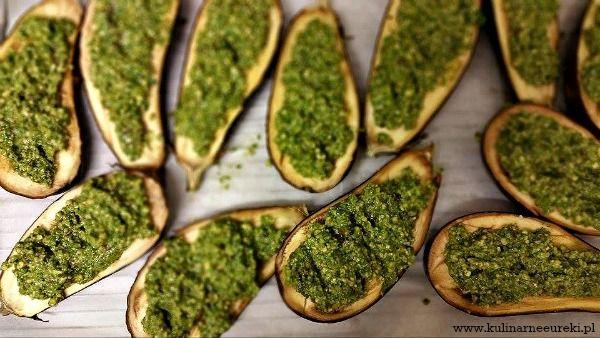 Baklazan z zielonym pesto