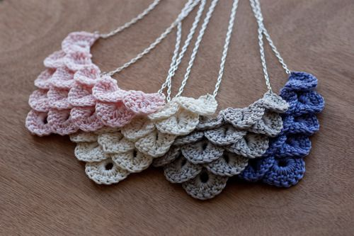 ooo, this would be a good reason to learn the crocodile stitch that's every where right now