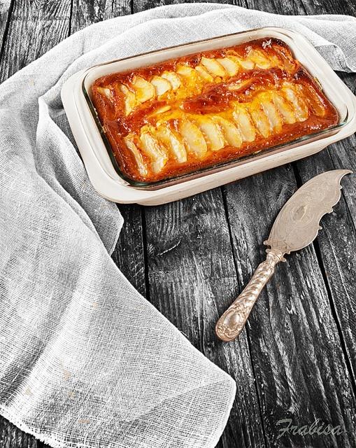 Bizcocho de manzana y zanahoria by Frabisa, via Flickr