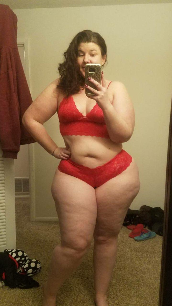 Girl sucking cock porn
