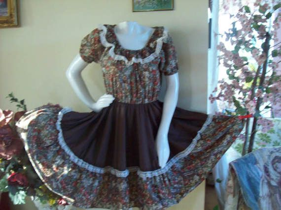 Rodeo Dress Country-Western Brown Floral Dress with Lacey
