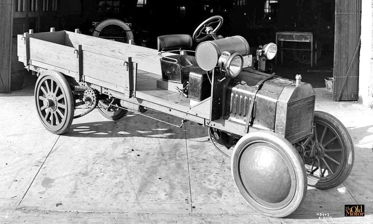 Chain-driven 1916 Model T Ford Truck