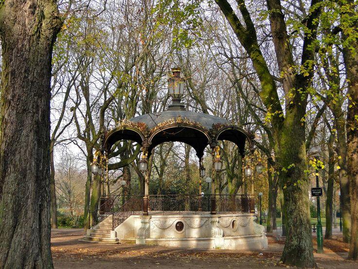 Kiosque à musique du Parc de la Pépinière à Nancy (France) 1875