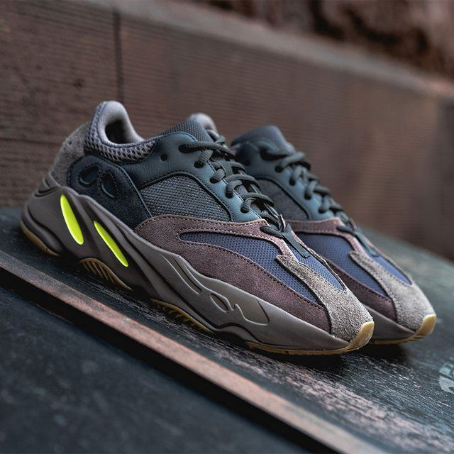 Adidas Yeezy 700 Mauve Nike outlet sneakers, Sko  Zapatillas outlet de nike, Zapatos