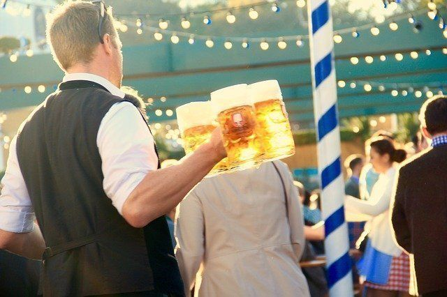 You don't have to visit during Oktoberfest to enjoy a beer in Munich. #munich #g…