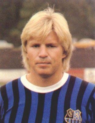 Bernd Förster - Spieler bei VfBStuttgart - deutsscher Nationalspieler