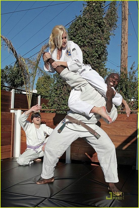 Martial Arts Action and Training   Iwearred.com Bright-clothes.com M-heroes.com --------------------