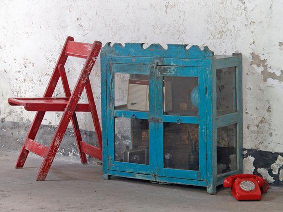 A fantastically ornate vintage brahmin-blue coloured display cabinet. #vintage #ornate #furniture