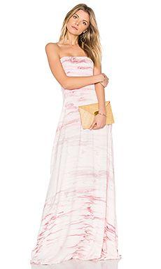 Batikolt hosszú nyári ruha a rózsaszín és fehér árnyalataiban