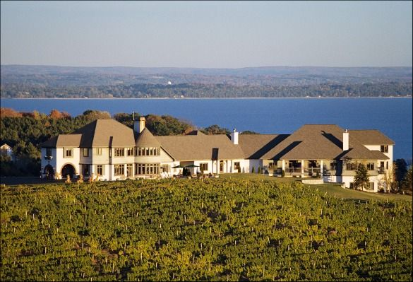 Wineries and wine hotels you can stay the night at.