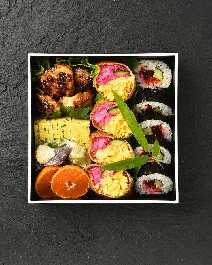 1分料理動画 エディット / 1 minute Recipe 太巻き行楽弁当/ Fat Sushi Roll Picnic Bento 8月は夏休み特別企画! 簡単に作れる夏ランチをご紹介します。 #edit_jp