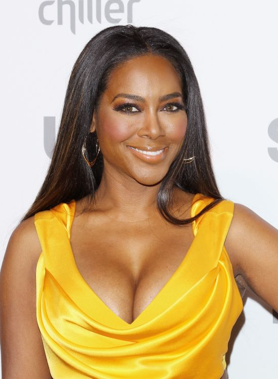 is kenya dating james from millionaire matchmaker It was supposed to be a match made in millionaire matchmaker heaven but kenya moore's romance with james freeman has turned into a full-blown nightmare.