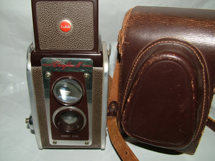 VINTAGE 1955 KODAK DUAFLEX CAMERA IV /// This was my first camera. Took it to Washington D.C. in the 7th grade!