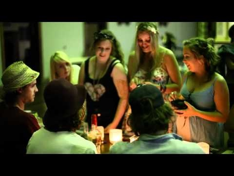 One of my FAVORITE videos of my FAVORITE man Matt Corby. He's so wonderful and smiley.