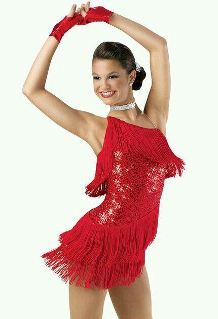 Brilho e franja... pq os trajes de dança latina fazem meu coração bater mais forte! <3