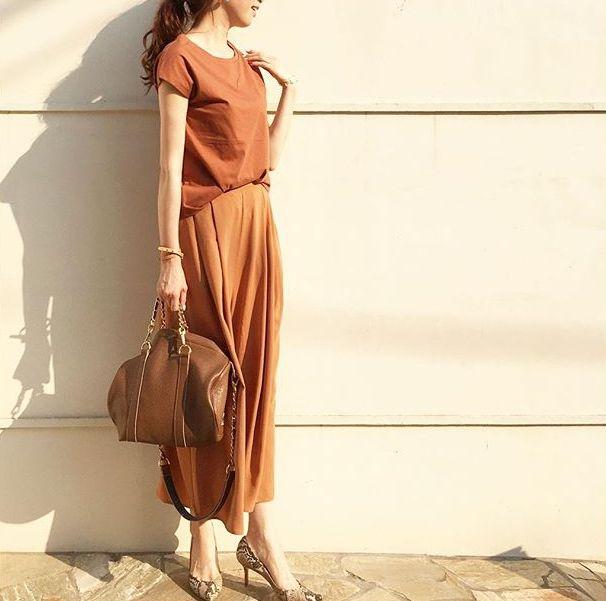 出典:https://www.instagram.com/(@mica_taniguchiさん) いよいよ夏も間近ですね。 夏服の準備はいかがですか? お友達は流行りのアイテムを持ち始めている… お金かけられないけど、少しトレンドのアイテムがほしいな~と悩んでいるそこのあなた! そんな願いをプチプラの王様GUが叶えます♡ 小物もすべてGUのアイテム! 注目のプチプラアイテムを使った1週間着回しコーデをご紹介します♪ ♡使った上下アイテムはこちら♡   ボーダーボートネックT:¥1,490(税抜) エアリーシャツ:¥1,490(税抜) フリルオープンショルダーT:¥1,490(税抜) イージーエアリースカンツ:¥1,990(税抜) スキニーアンクルジーンズ:¥1,990(税抜) ラップスカート:¥1,490(税抜) ガウチョパンツZ:¥590(税抜)  トップスとボトムス7点で合計10,530円(税抜)! ちょっと超えちゃいましたが…安い! この7点と、サンダル、バッグ、小物を入れても2万円以下でコーデしました♪ ♡月曜日♡  気持ちの良い一週間の始ま...