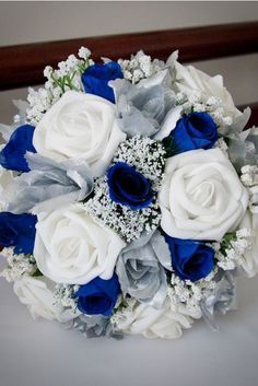 les 25 meilleures id es concernant bouquet de rose bleue sur pinterest bouquet de fleurs. Black Bedroom Furniture Sets. Home Design Ideas