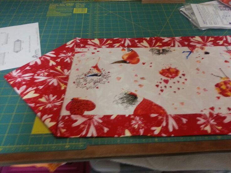 17 beste afbeeldingen over my quilts op pinterest batik for 10 minute table runner written instructions