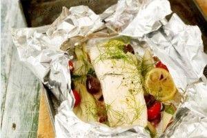 Peşte la cuptor cu legume şi sos de vin alb | Feel Like Cooking