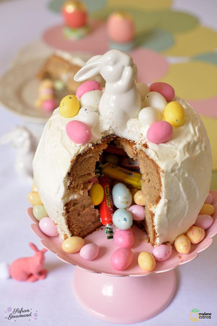Après la recette de Souris d'Agneau aux Légumes, je continue sur ma lancée avec un gâteau gourmand : Le Gâteau Surprise !! Je trouve qu'il est parfait pour fêter Pâques !!