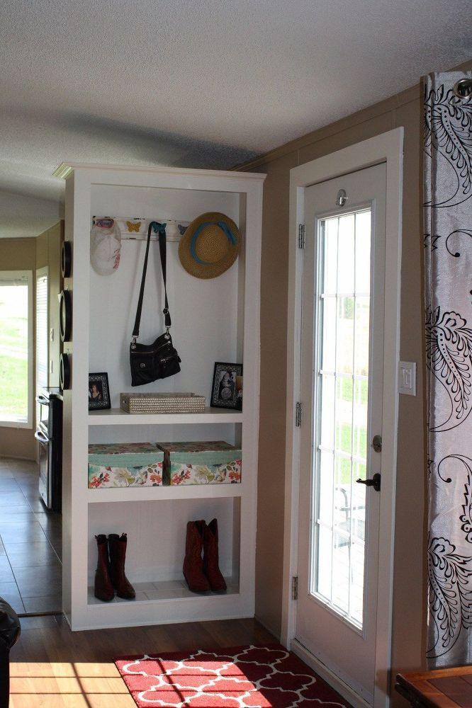 A city girl flipped her old mobile home and the result is incredible!