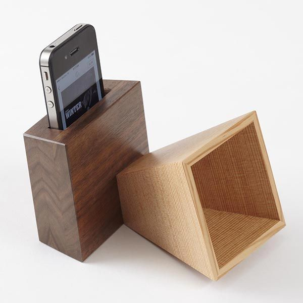 Make this unique music amplifier as a gift for the techies in your life. Wood Gift List - See more at: http://www.woodstore.net/plans/gifts/office-accessories/411-Music-Boosting-Mobile-Electronics-Amplifier.html#sthash.OVMbRJkT.dpuf