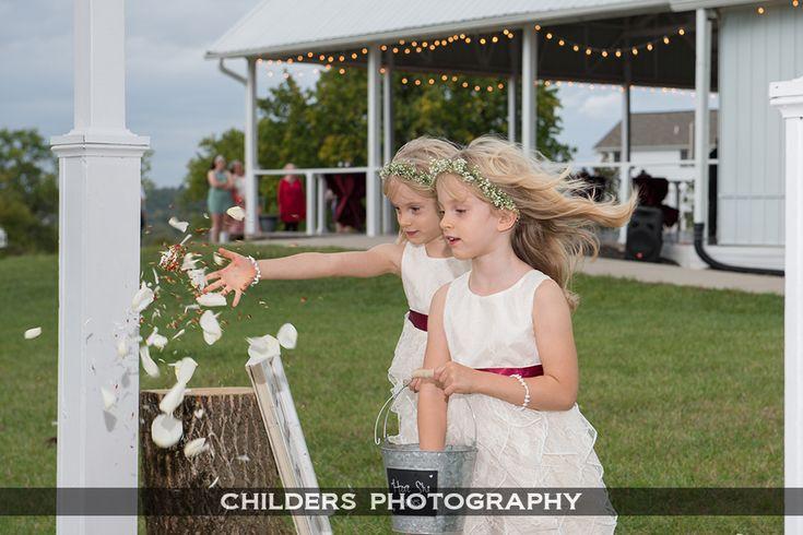 Wedding at Magnolia Estate, Miamisburg Ohio. Dayton Wedding Photographers #wedding #magnoliaestate #ohiowedding #ohio #Daytonweddings #daytonweddingphotographers
