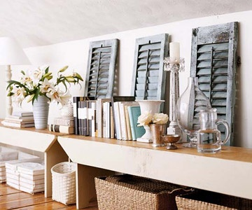 #home decor, console, bench Storage Spaces, Old Shutters, Decor Ideas, Benches, Small Bedrooms, Architecture Salvaged, Shelves, Fleas Marketing Decor, Crafts