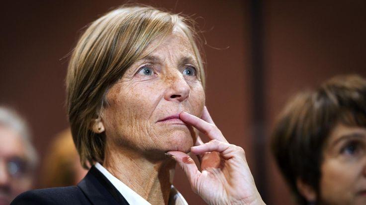 DE SARNEZ Marielle ministre des affaires Européennes auprès de Jean-Yves Le Drian