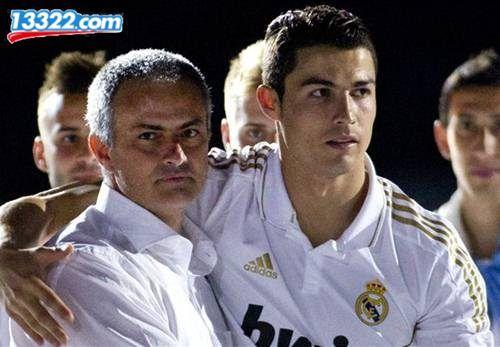 """MU ra đề nghị hấp dẫn để đổi lấy """"kiện hàng"""" Morata và Ronaldo"""