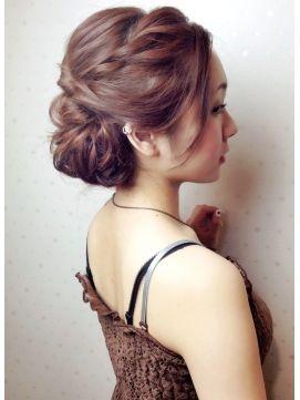 結婚式 髪型 ロングヘアアレンジ 大人かわいいルーズ☆ループアップ