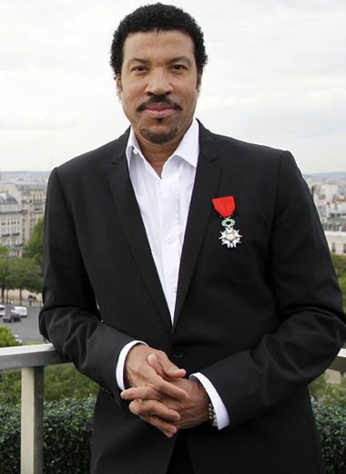 Lionel Richie - saw him in Convert in Birmingham, UK 1999 ish maybe...
