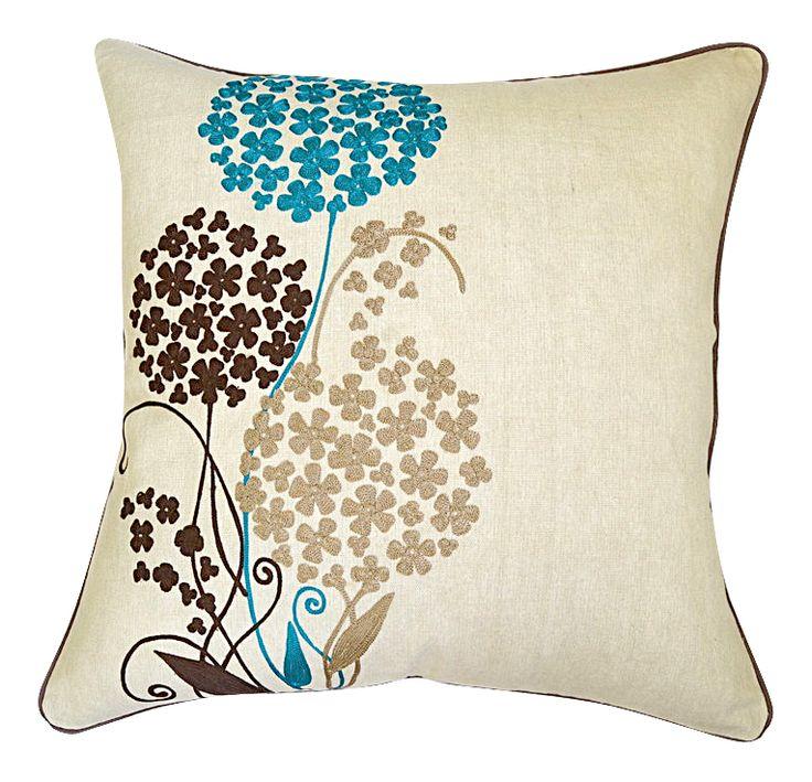 Подушка декоративная PIENENE 50х50 с вышивкой.