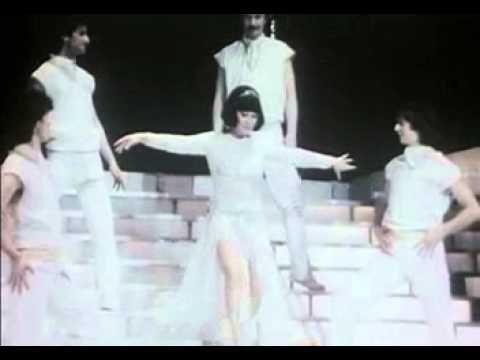 Galambos Erzsi- Szerdán tavasz lesz - YouTube