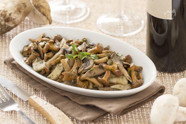 I funghi trifolati sono una specialità della cucina Piemontese  un contorno…